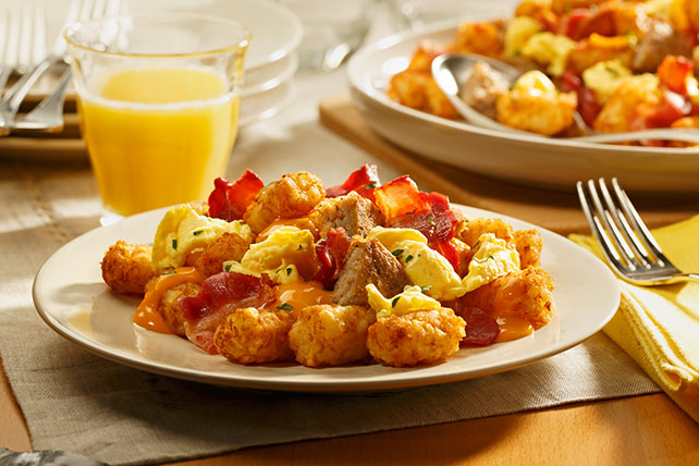 Bacon and Sausage Breakfast-Time Totchos