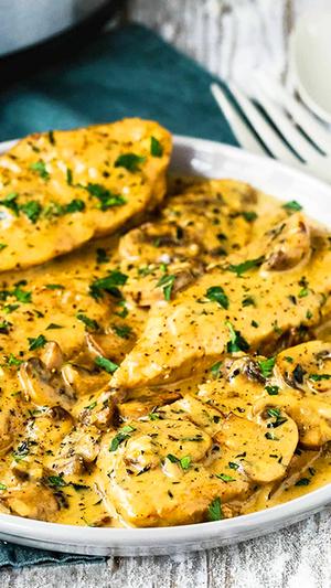 Easy Instant Pot Chicken Marsala
